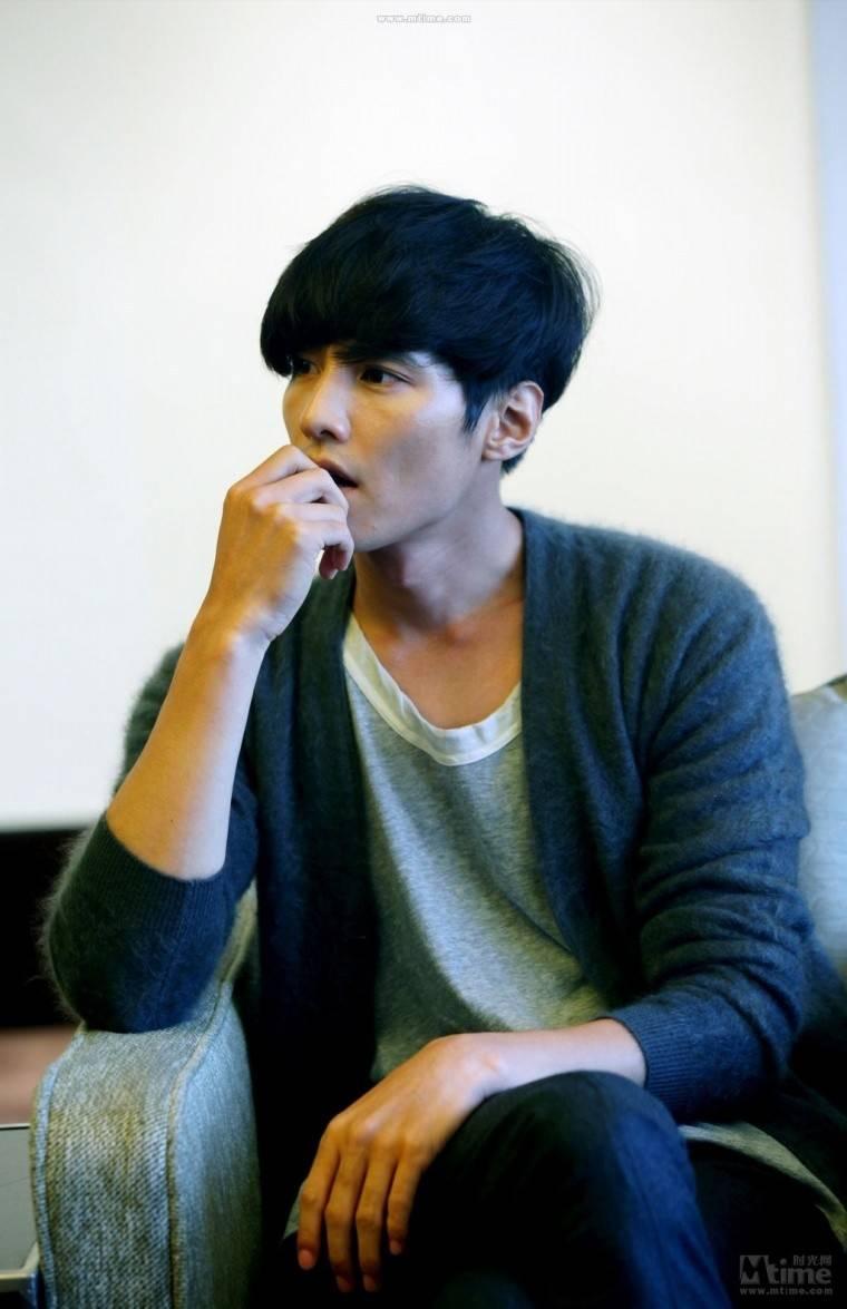 Won Bin (원빈) - Picture @ HanCinema :: The Korean Movie and ...