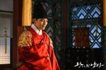 The Crowned Clown (왕이 된 남자)'s picture