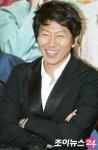 Kim Soo-ro (김수로)'s picture