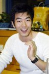 Lee Jong-hyuk (이종혁)'s picture