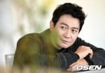 Park Yong-woo (박용우)'s picture