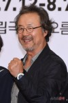Jeong Dong-hwan's picture
