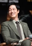 So Ji-sub's picture