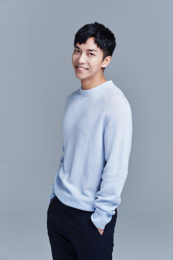 photo1142978 - Profile Lee Seung Gi
