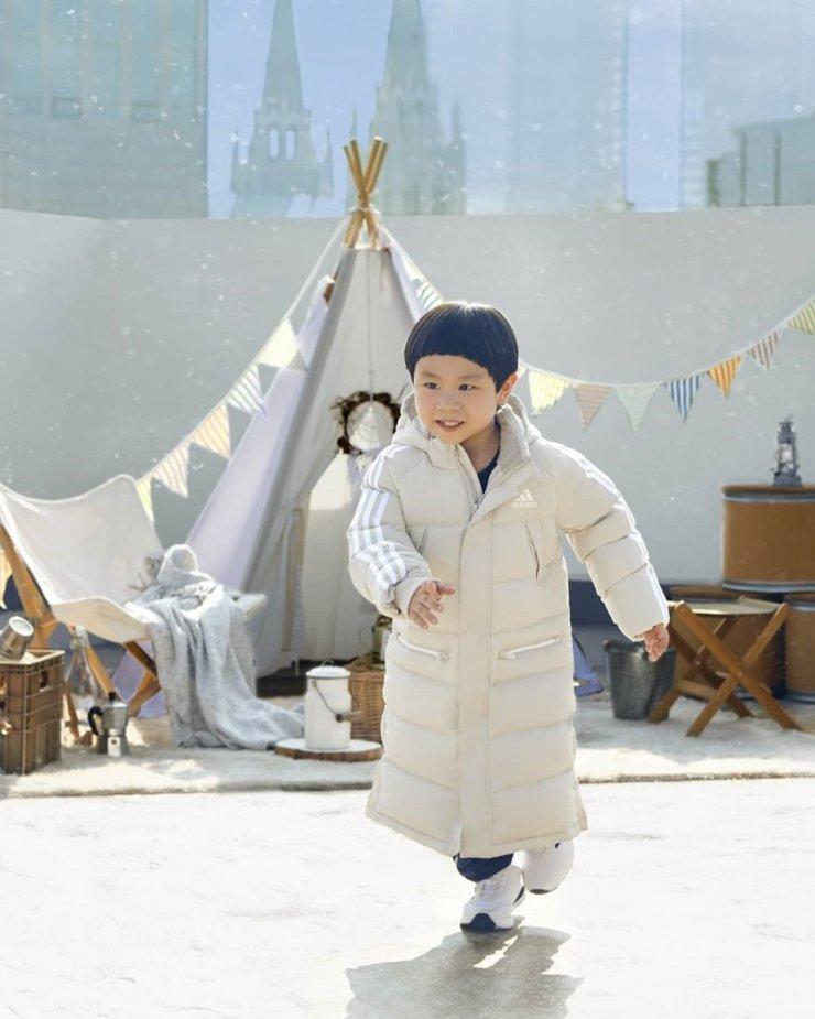 4 nhóc tì siêu cưng ở phim Hàn: Tiểu Lee Min Ho diễn cực đỉnh, 3 bé còn lại ai cũng muốn bắt về nuôi - Ảnh 22.