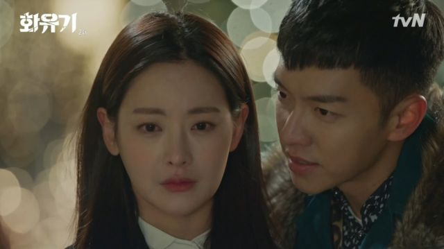 Seon-mi being tortured by Oh-gong