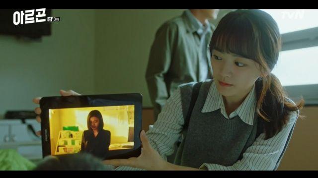 Yeon-hwa giving someone closure