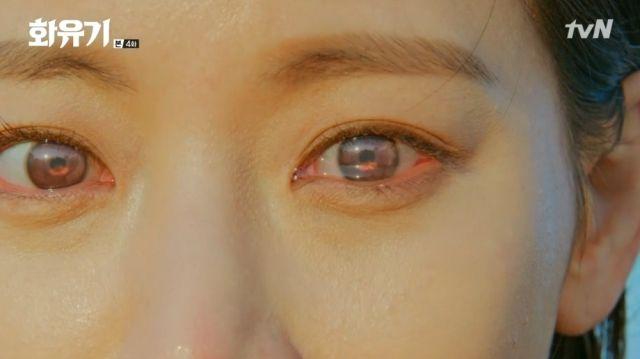 Seon-mi witnessing an apocalypse