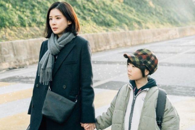 Soo-jin and Hye-na