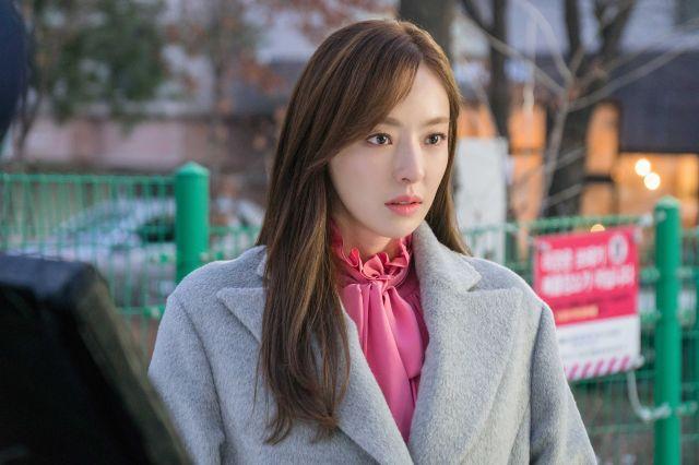 Hee-yeon 1