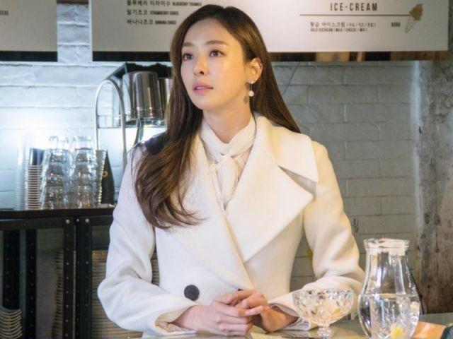 Hee-yeon 2