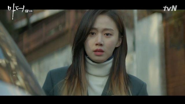 Ja-yeong seeing Hye-na alive