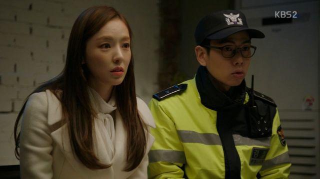 Hee-yeon and Moon-gi