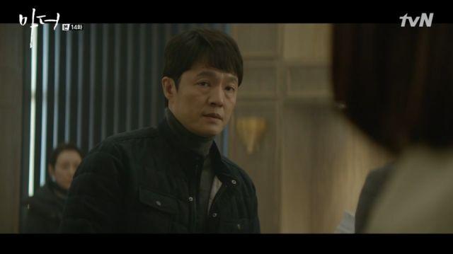 Chang-geun relaying Hye-na's message to Soo-jin