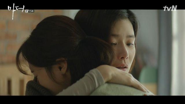 Soo-jin hugging a shaken Hyeon-jin