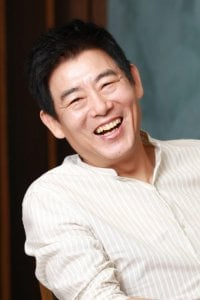 Sung Dong-il