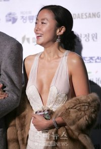 Jeon Do-yeon's picture