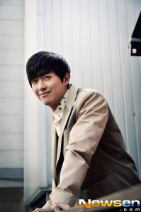 Namgoong Min's picture